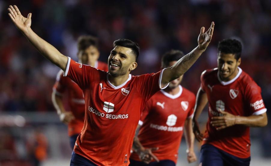 Silvio Romero marcó los dos goles en el triunfo de Independiente ante San Lorenzo(Fotobaires)