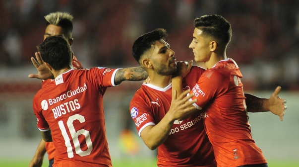 El festejo de Independiente en la goleada vs. Central Córdoba