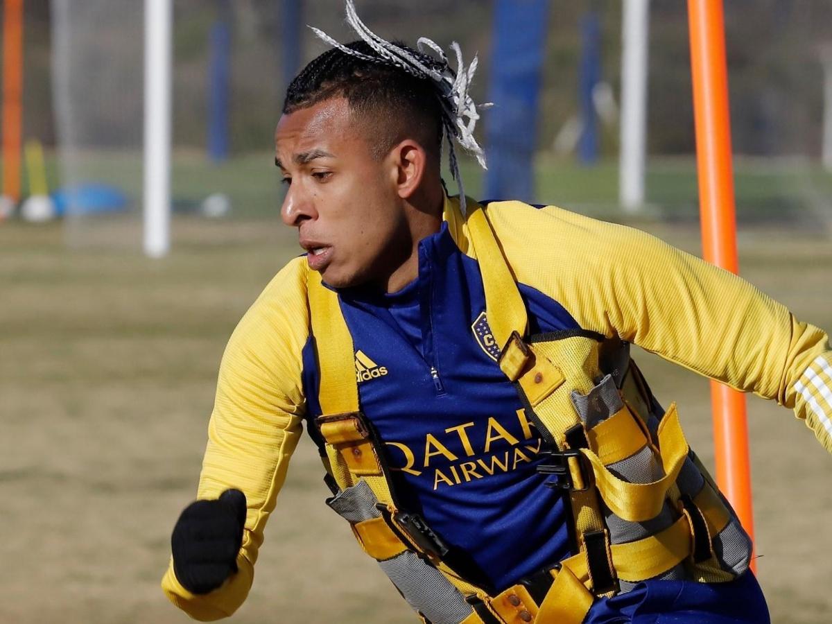 El llamado de Sebastián Villa a Miguel Ángel Russo: el colombiano le pidió  al DT que lo considere para la lista de la Copa Libertadores   TNT Sports