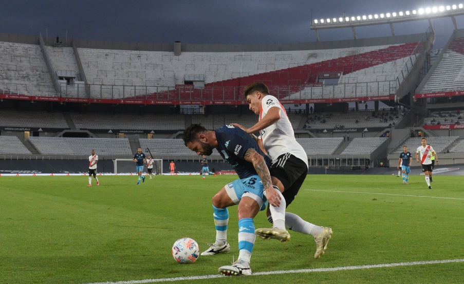 River y Racing igualaron en el Monumental(RIVER)