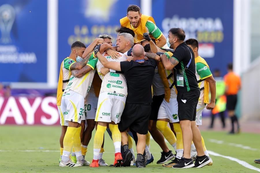 Defensa Y Justicia Campe U00f3n De La Copa Sudamericana Le